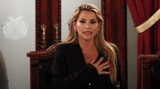 Une femme de droite  succède à Evo Morales