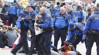 Lausanne: les militants d'Extinction Rebellion évacués de force par la police